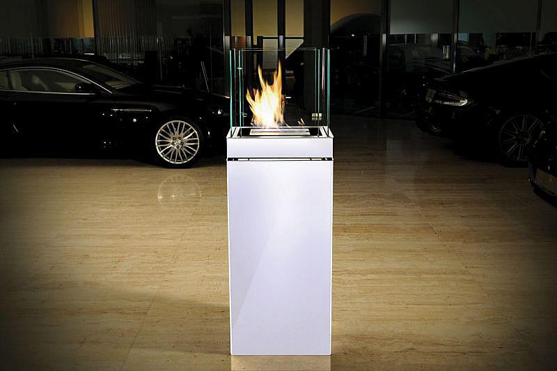 Produktové foto Radius design cologne BIO krb volně stojící Radius design cologne (HIGH FLAME 3L 555M)