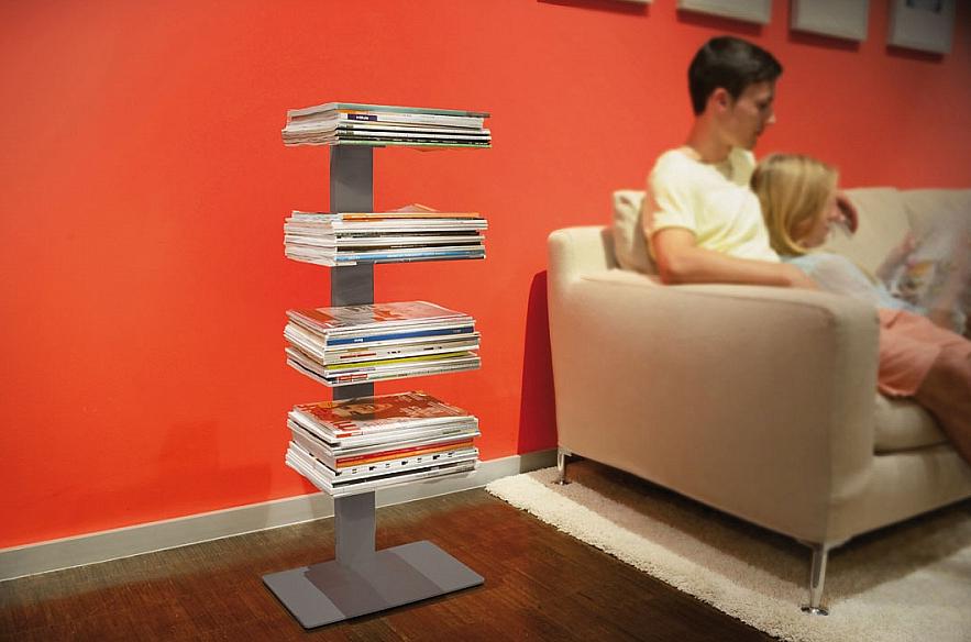 Radius design cologne Knihovna na časopisy 4 poličky RADIUS DESIGN (BOOKSBAUM MAGAZINE STAND SMALL silver 738C) stříbrná